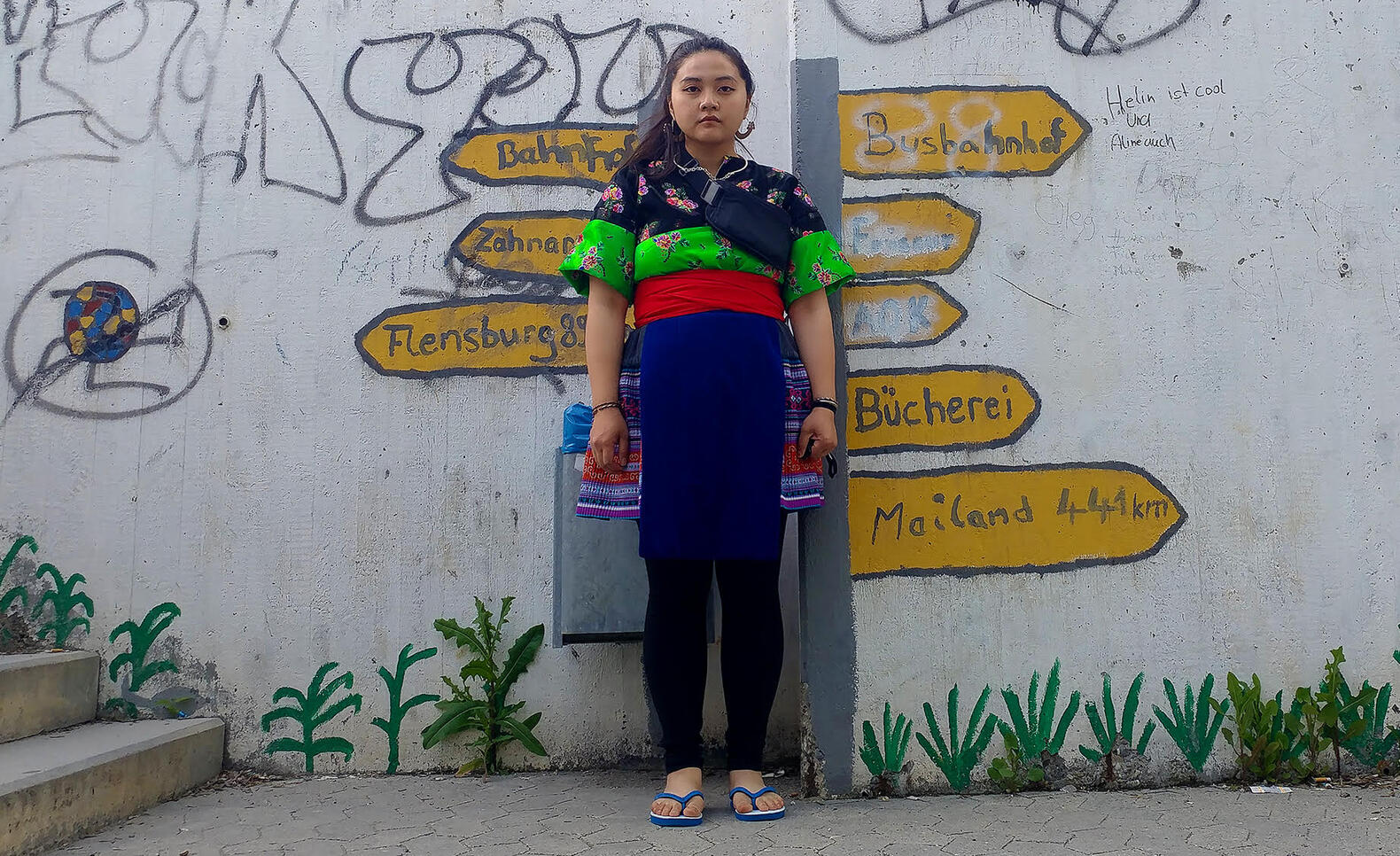 Photograph of Kuab Maiv Yaj wearing traditional clothes ; Kuab Maiv Yaj